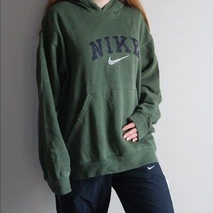 Poshmark Green Medium Hoodie Vintage Forest Size Tops Nike znq70O